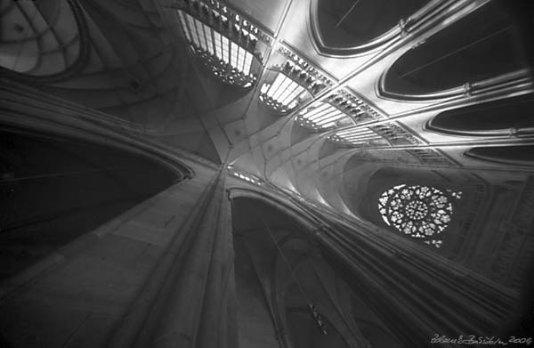 Pinhole Cathedrals - St. Vitus cathedral, Prague