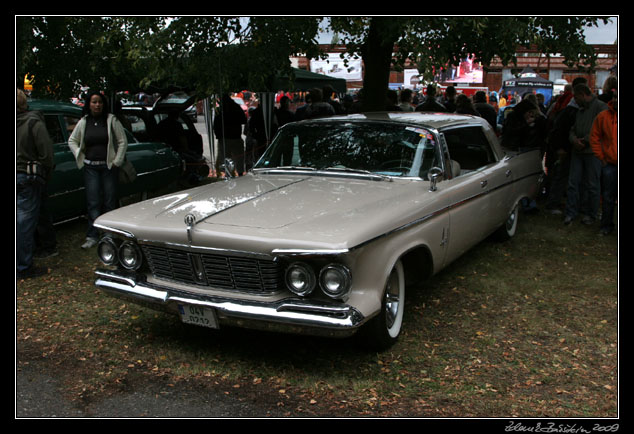 US cars Luštěnice 2009 - Imperial Crown 1963
