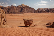 Wadi Rum - Chicken rock